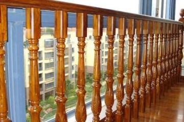 实木楼梯怎么装修 怎么保养实木楼梯