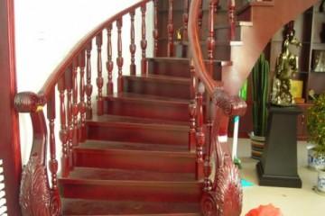 室内楼梯踏步尺寸规范 楼梯踏步如何装修设计?