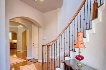 复式水泥楼梯怎么装饰?泥楼梯装修注意事项