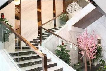 楼梯转角平台处理方法 三步转角楼梯好走吗?