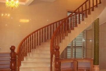 楼梯木扶手多少钱一米?楼梯木扶手怎么样?