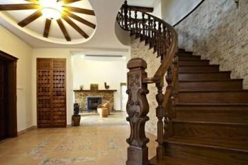 家装实木楼梯样式主要有哪几种?