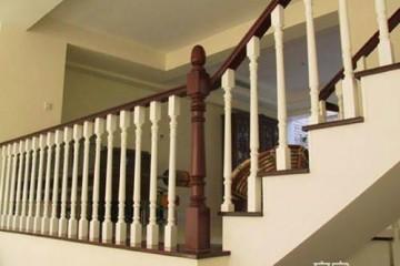 实木楼梯扶手怎么样 实木楼梯扶手的优缺点