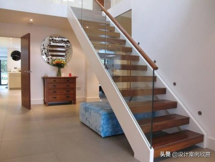 新房别用瓷砖做楼梯,这些实木楼梯设计,漂亮上档次!