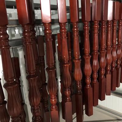 批发别墅复式楼梯立柱阳台楼梯栏杆护栏定制家用烤漆实木楼梯扶手