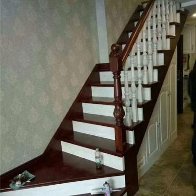 实木楼梯立柱欧洲红榉木厂家直销实木楼梯定制别墅楼梯定制