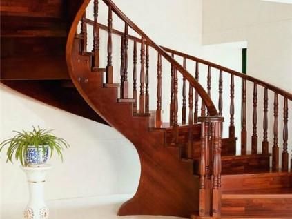 室内楼梯怎么设计?楼梯的材质有哪些