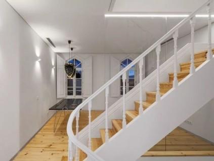 实木楼梯网告诉您:安装实木楼梯的好处