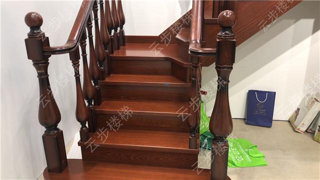 专业定制楼梯扶手